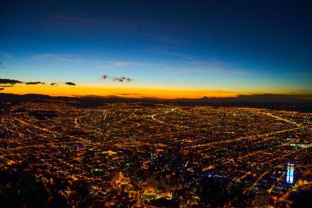Bogota, vue aérienne de nuit
