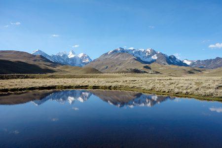 rando Bolivie, devant le Condoriri