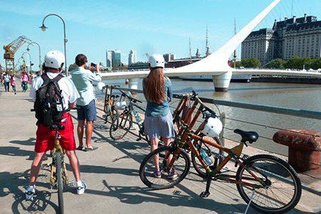 Sur une piste cyclable de Buenos Aires
