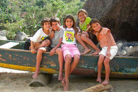 enfants du village de Ponta Negra