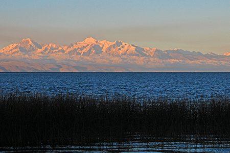 la cordillère depuis le lac Titicaca