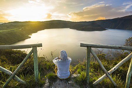 coucher de soleil, laguna Cuicocha
