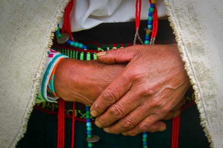 mains femmes, Equateur