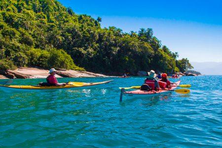 kayak de mer entre Mamangua et Paraty