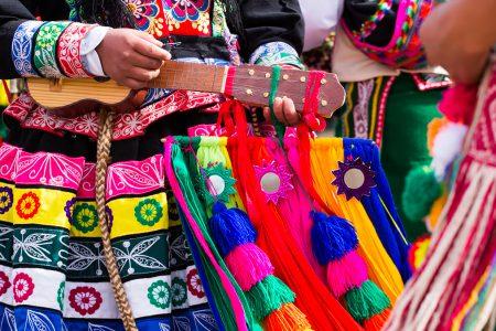 fête folklorique à Cusco