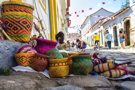 artisanat dans les rues de Paraty